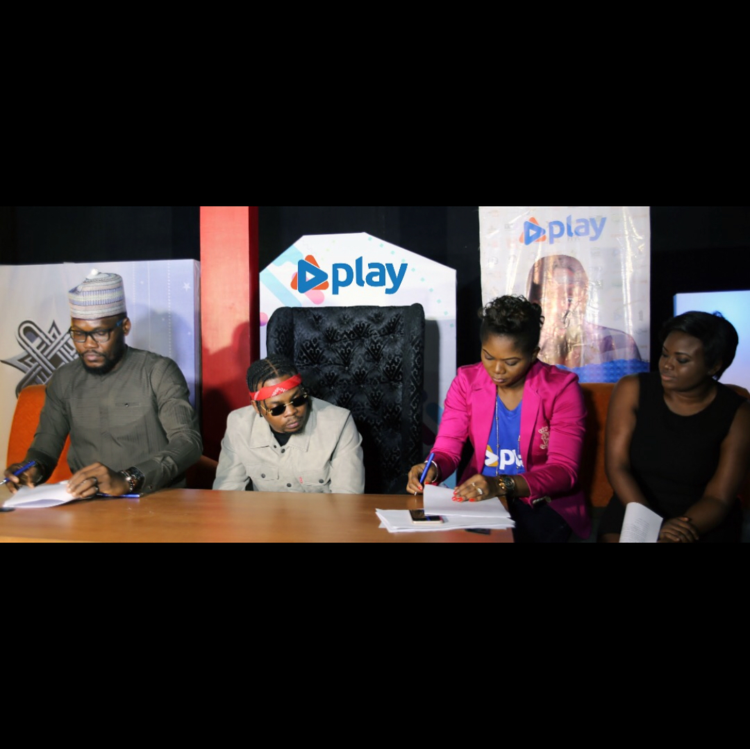 Photo of OLAMIDE SIGNS ENDORSEMENT DEAL WITH PLAY TV.