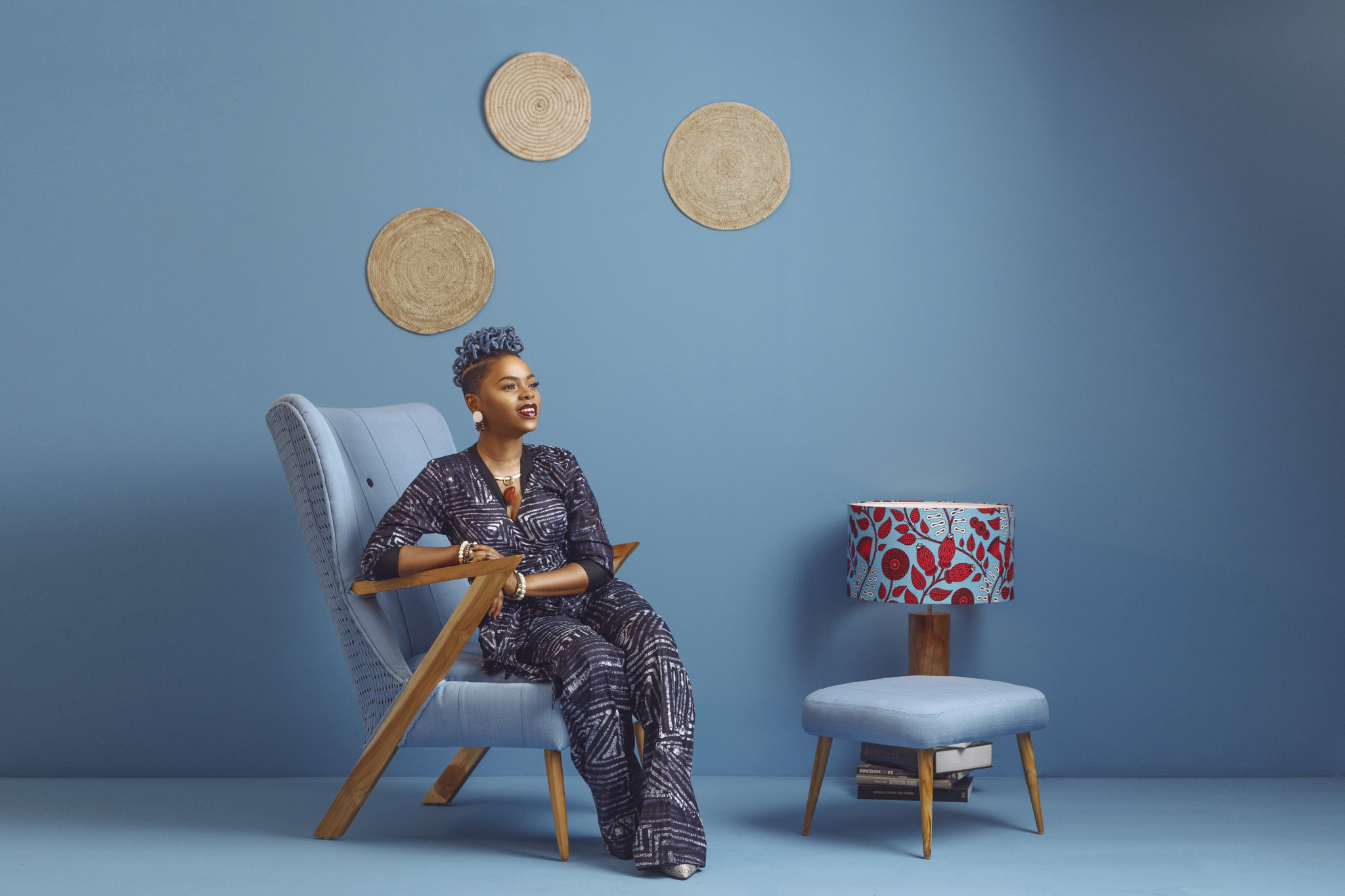 Photo of NIGERIAN FURNITURE BRAND ILÉ-ILÀ UNVEILS THE ÀDÙNNÍ CHAIR WITH CHIDINMA EKILE AS THE MUSE.