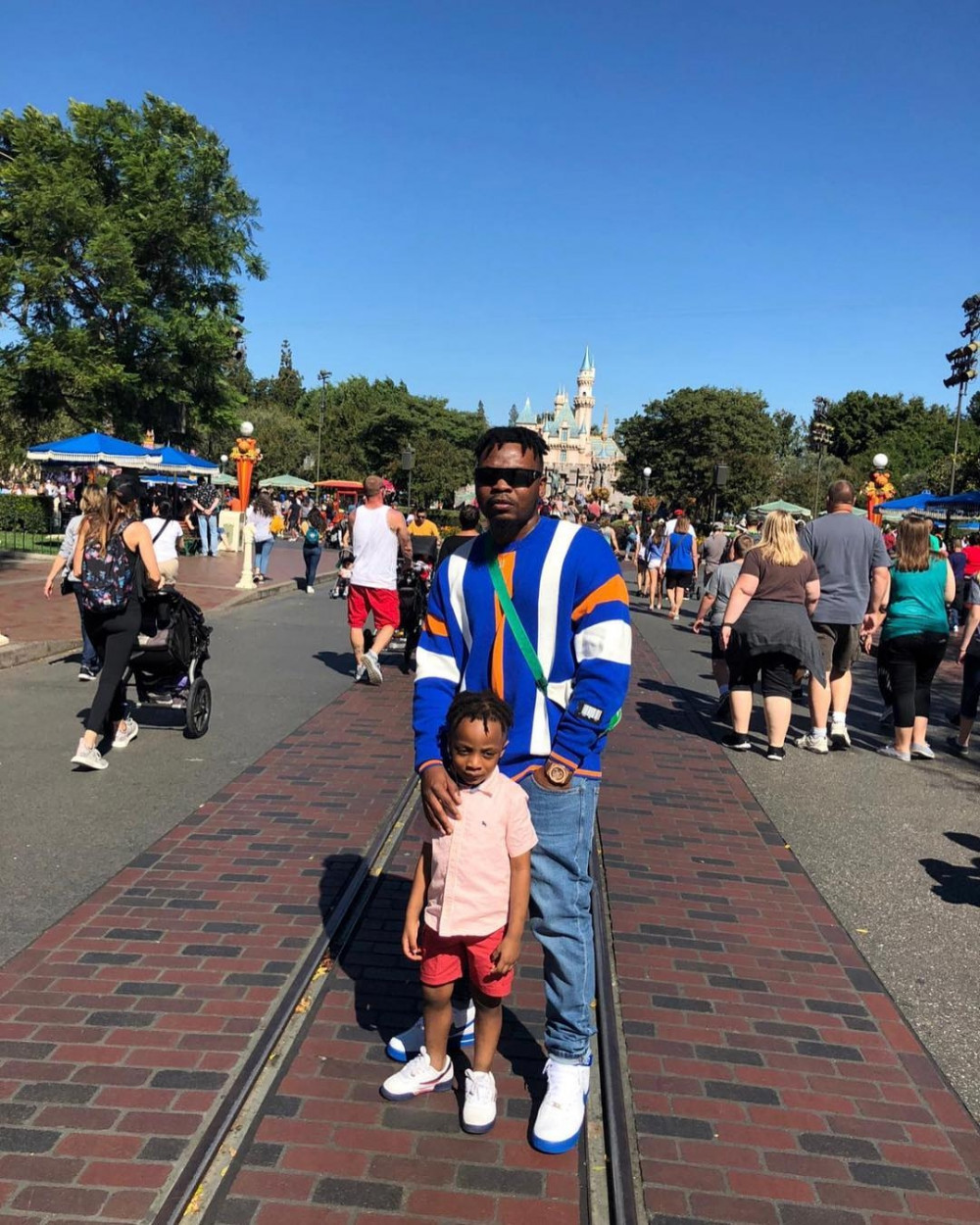 Photo of OLAMIDE & HIS SON SPOTTED HAVING A GOOD TIME IN DISNEYLAND