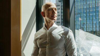 Photo of Jeff Bezos steps down as Amazon CEO Today
